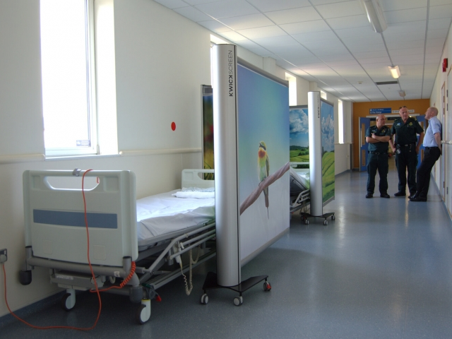 Kwickscreen partition hospital